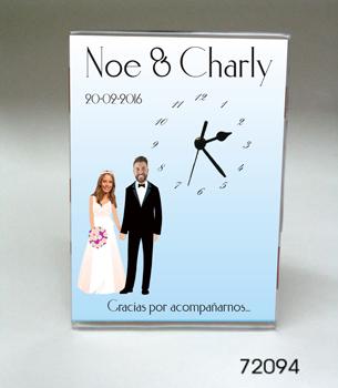72094- Reloj 13 x 18cm con diseño para casamiento - CON FOTO TRUCADA DE LOS NOVIOS